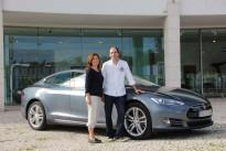 Tesla – um carro com Tecnologia Elétrica Sem Limites Ambientais