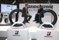 Bridgestone equipa mais dois modelos Mercedes-Benz