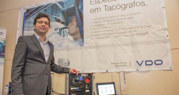 VDO antecipa a conectividade inteligente nos tacógrafos