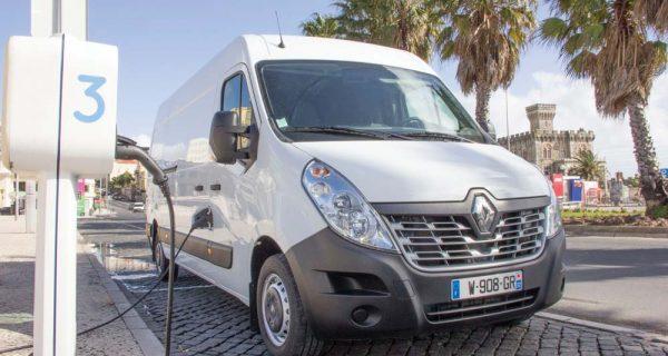 Tempestade elétrica – nova Renault Master Z.E.