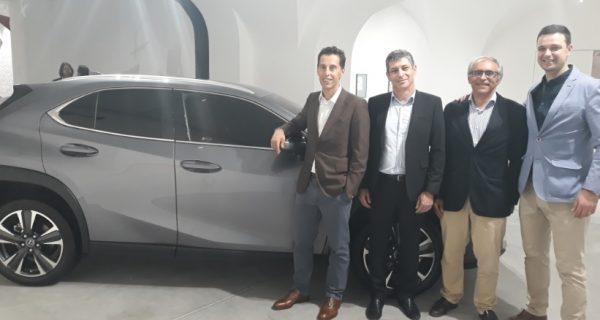 Lexus UX em Lisboa de corpo e alma