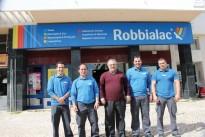 Lojas Robbialac atualizam área  da repintura automóvel