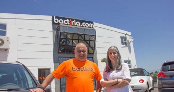 Bact3ria.com – a maestria na decoração de viaturas