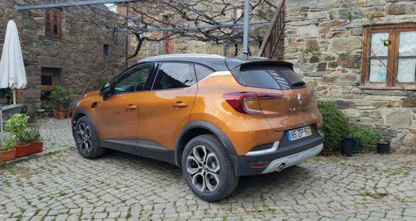 Renault – Captur(ar) o segmento dos crossovers